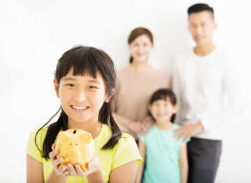 5 Fun Ways to Save As a Family