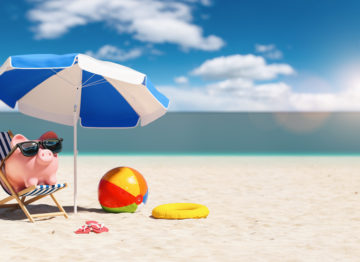 8 Ways to Save Vacation Money